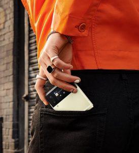 Review Samsung Galaxy Z Fold3 dan Z Flip3 dengan Layar Lipatnya yang Istimewa Saku
